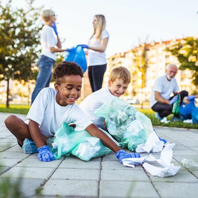 kids recycling